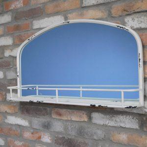 696133 White Distressed Mirror With Shelf